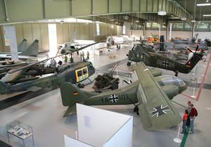 Das Luftwaffenmuseum auf dem Flugplatz Gatow