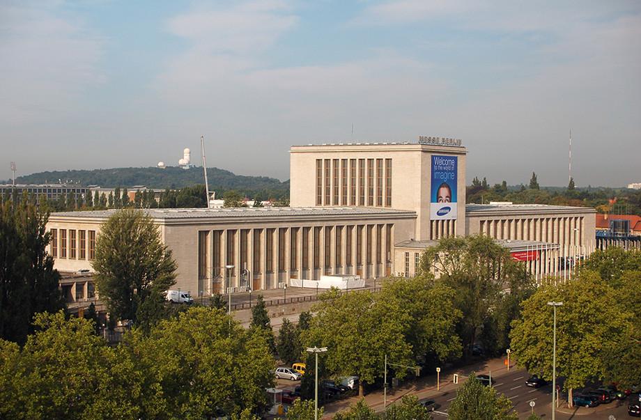 Messe Berlin - Nur 15 Minuten vom Hotel Grüner Baum in Berlin Gatow